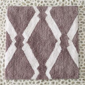 Organic Diamond-Patterned Jacquard Bath Mat