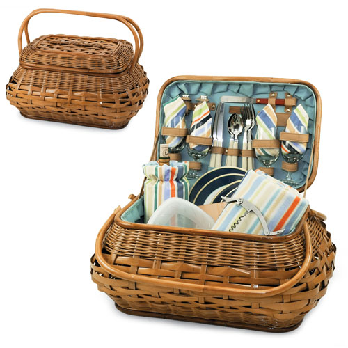 This classic caramel rattan picnic basket for four is reminiscent of the old world