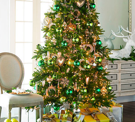 A Very Merry Green and Bright Christmas at Wisteria!
