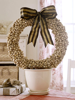holiday wreath pistachio natural