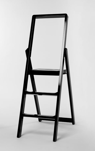 STEP LADDER BLACK